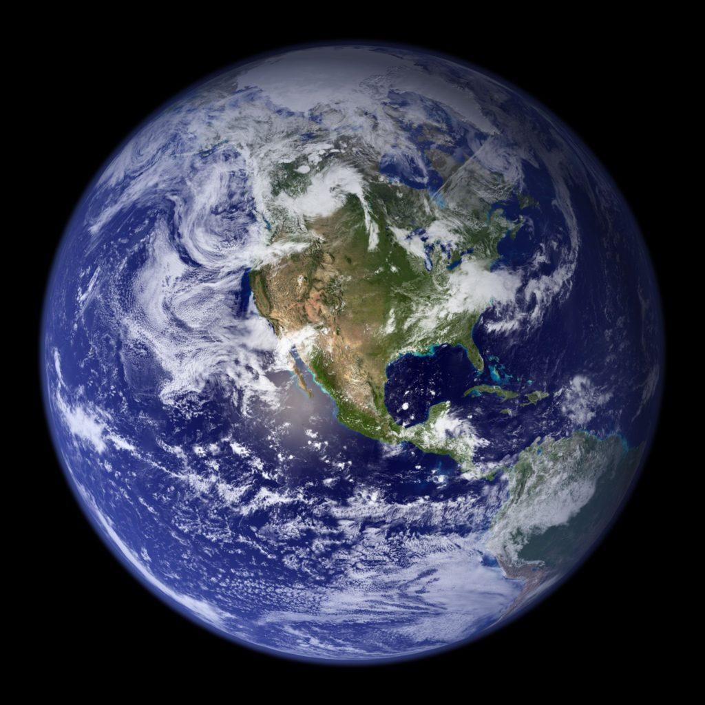 Sanifruit te desea un feliz Día Mundial de la Tierra